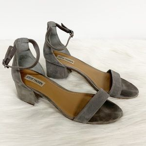 Steve Madden   Irenee Gray Leather Block Heel 8.5M